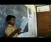 [Video Lucu] Anak Kecil Nyanyi Garuda Pancasila Dijamin Ngakak !.3gp